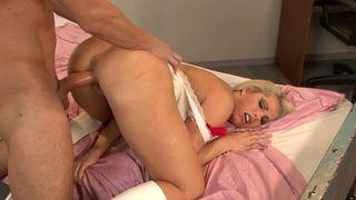 A big orgasm for the nurse