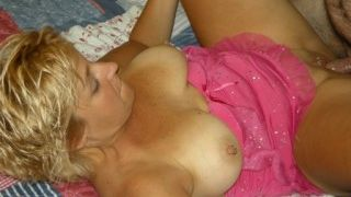 The crazy night of a mature addicted to sex!