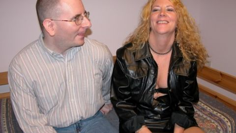 Milf charms him with her boots
