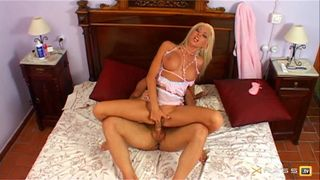 Nikky-Blond, sublime star du X