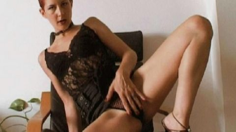 Katia reveals all her body